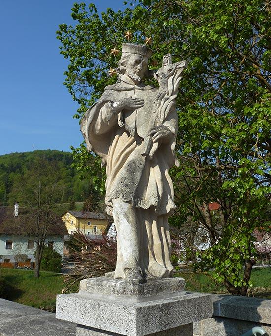 Krumau Statue